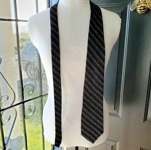 100% Silk Van Heusen Men's Neck Tie blue/blk/gray